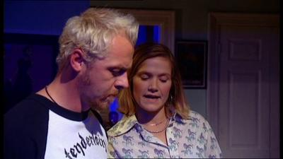Normal_stevenson_television_spaced_season2_episode3_mettle_15