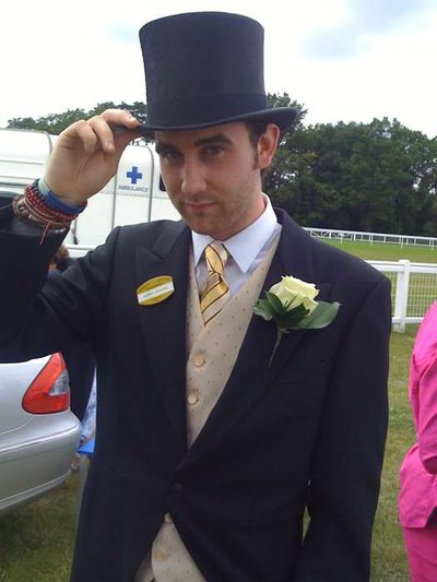 Normal_lewis_appearances_royalascot09_01