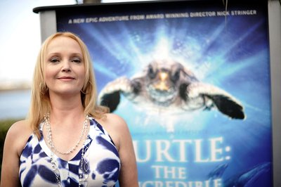 Normal_richardson_appearances_seaworld_turtle_premiere_015