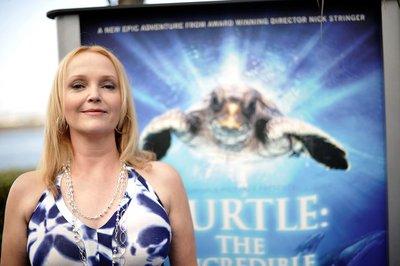 Normal_richardson_appearances_seaworld_turtle_premiere_015