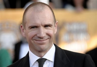 Normal_fiennes_appearances_guildawards09_06