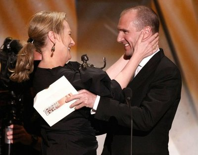 Normal_fiennes_appearances_guildawards09_11