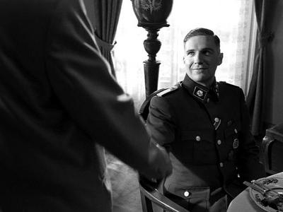 Normal_fiennes_film_schindlerslist_11