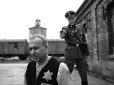 Normal_fiennes_film_schindlerslist_17