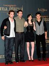 Thumb_pattinson_appearances_newmoonphotocallmadrid09_07
