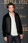 Thumb_pattinson_appearances_newmoonphotocallmadrid09_18