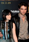 Thumb_pattinson_appearances_newmoonphotocallmadrid09_25