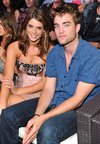 Thumb_pattinson_apperances_tca_031