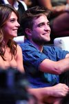 Thumb_pattinson_apperances_tca_045