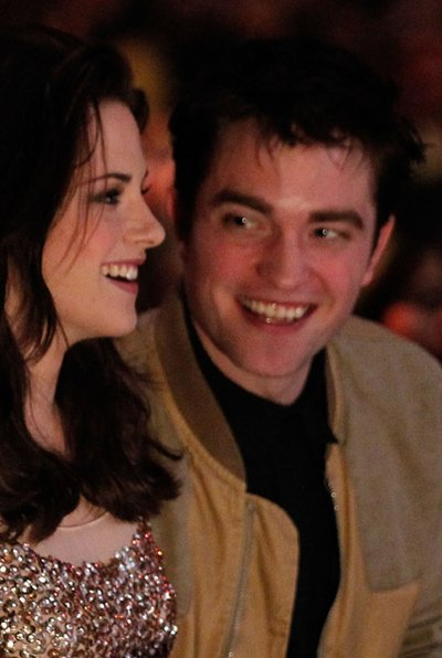 Normal_pattinson_apperances_peopleschoice_2011_013