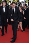 Thumb_pattinson_apperances_2012cannesfilmfestival_002