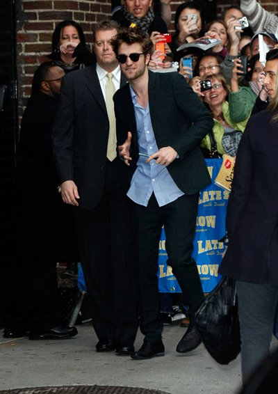 Normal_pattinson_appearances_letterman_26