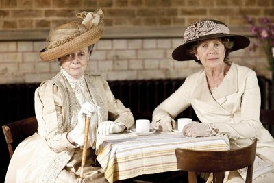 Normal_smith_tv_downtownabbey_006
