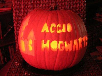Jessica Lane's Accio Hogwarts Jack-o-lantern