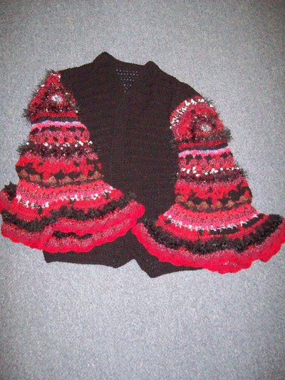 Normal_contest_nov2010_crochet_gothicmollysweater_dragonsinger