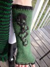 Thumb_contest_nov2010_darkmarkarmwarmers_knitting_linuxchic