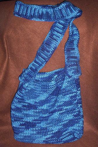 Crochet_wizardwear_lunalovegoodsbagviewb_amyohalloran_tangledskeins