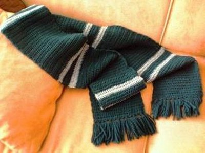 Normal_crochet_scarves_poaslytherin_craftyandy