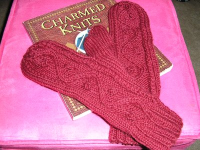 Normal_fcotm_august2010_hermionecablemittens_donkeyeggs