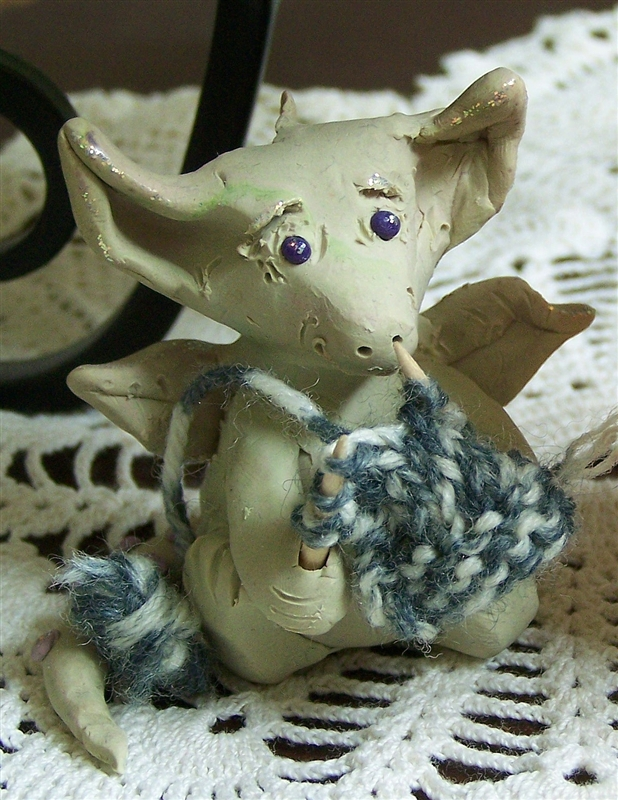 Fcotm_september2010_g-whymzytheknittingdragon_bartlebean
