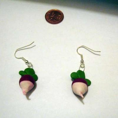 Luna Lovegood's Radish Earrings (v4) Image 2