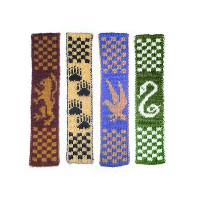 Hogwarts Double-Knitted Bookscarves