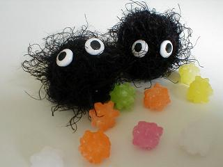 Knitting_magicalcreatures_sootsprites_saradippity
