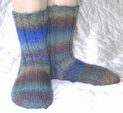 Normal_knitting_mugglewear_littlewzrdsocks_annekingston