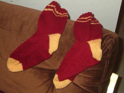 Normal_knitting_socks_gryffindorb_dmucc
