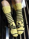 Thumb_knitting_mugglewear_socks_hoorayhufflepuff_lykkefanten