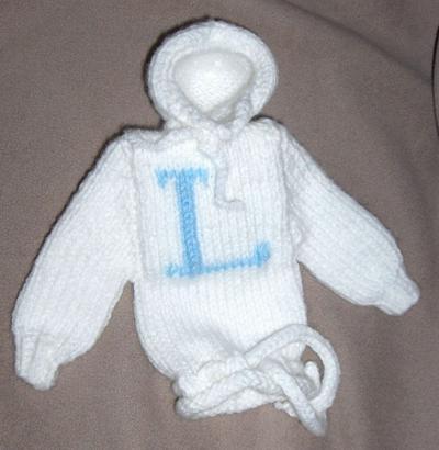 Hooded Weasley Sweater MP3 Cozy