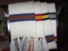 Knitting_wizardwear_scarves_hogwartsunityscarf_lily_missjubilee