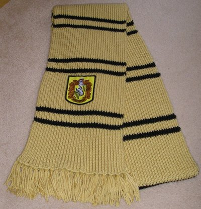Normal_knitting_wizardwear_hufflepuffpoascarf_dreamcatcher