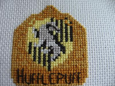 Normal_needlework_crossstitch_hogwartsandthefourhouses_coasters_hufflepuffcoaster_joanne