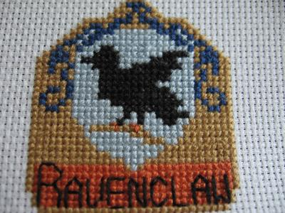 Normal_needlework_crossstitch_hogwartsandthefourhouses_coasters_ravenclawcoaster_joanne