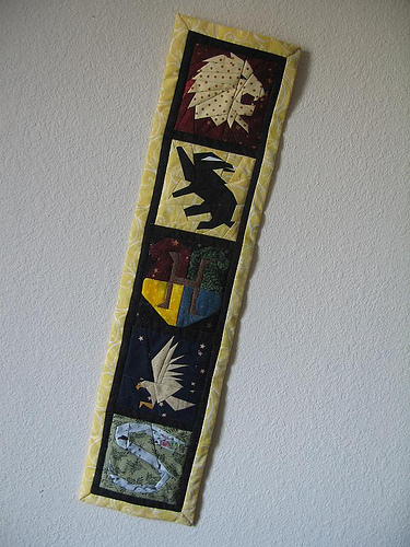 Quilting_wallhanging_hogwarts_quietish