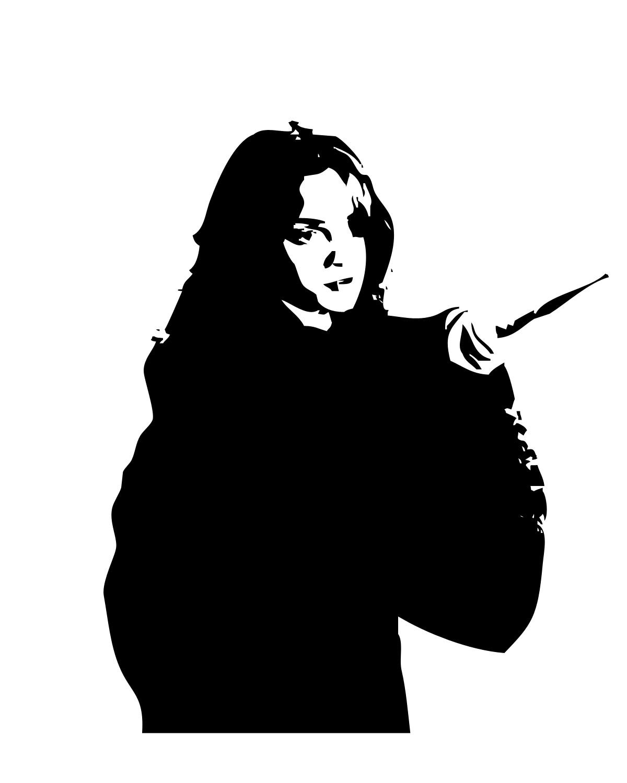Fabricembellishments_stenciling_hogwartsstudents_hermionegranger_hermionepointingherwand_melissa