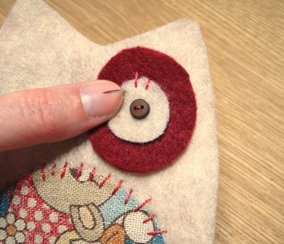 Sewing_muggledevices_owleggcozy_fig4_amy