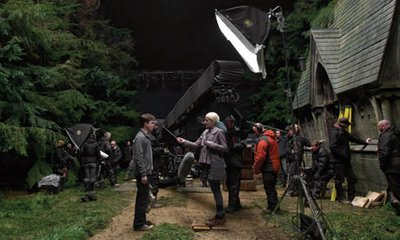 Normal_hbp_behindthescenes_onset_007