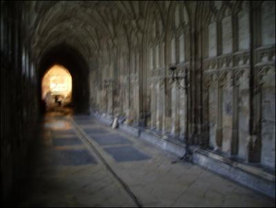 Normal_movies_hbp_filming_gloucestercathedral_36
