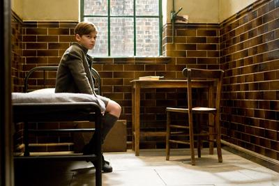 Normal_movies_halfbloodprince_officialhighres_youngtomriddleorphanage_002