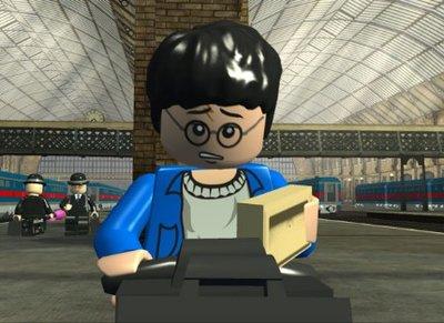 Normal_lego_still_01
