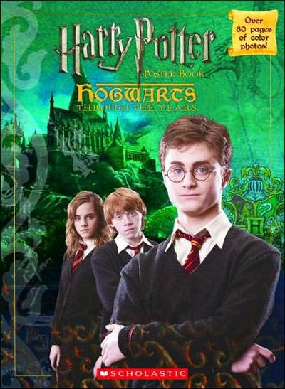 Normal_products_ootp_scholastichogwartsyearbook_004