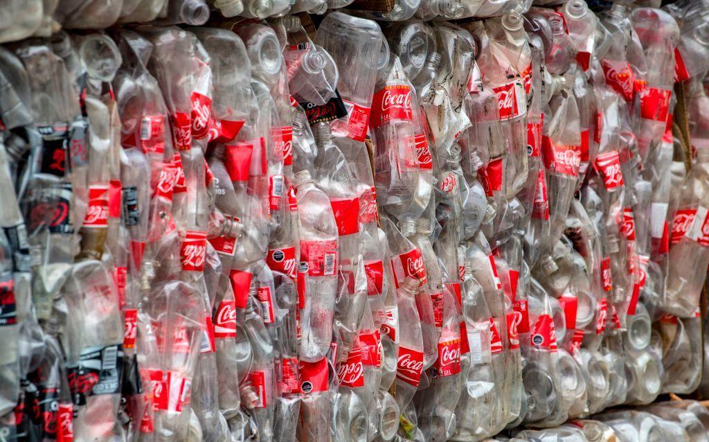 Alternative program to reduce sale of 750 ml plastic bottles