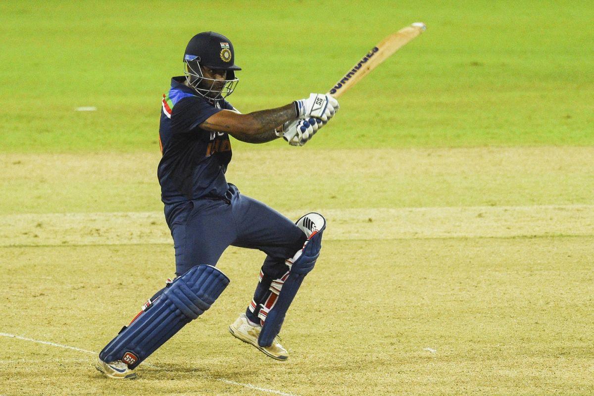 Sri Lanka's batting flops, India win by 38 runs