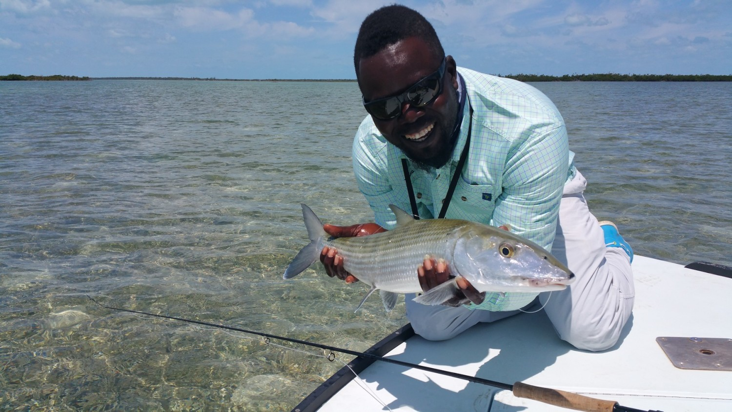 Brower Moffitt - T&T Pro guide Meko Glinton with a nice Bahamian bone and the Solar 908