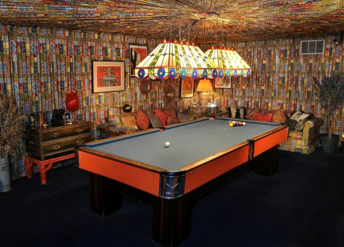 Elvis Fabulous Upholstered Pool Room Threads