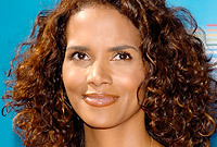 Side-halle-berry_1