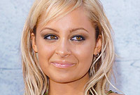 Side-nicole-richie_1