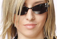 Glasses-tips-for-matching-your-hairdo-and-frames-side